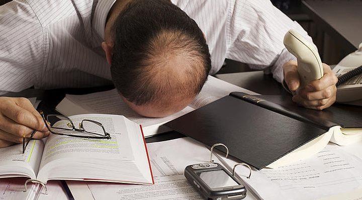Excès de travail : les risques sur la santé